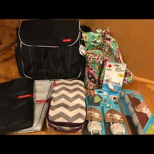 NWOT Skip hop diaper bag, new baby safety items